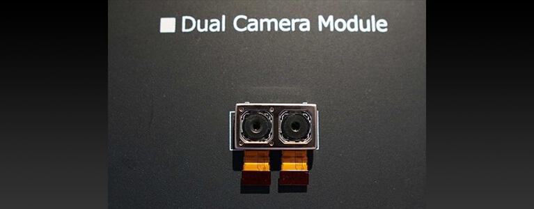 """次期Xperiaはデュアルカメラ""""Fusion""""を搭載、フロントカメラは下部ベゼルに移動"""