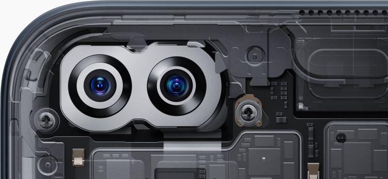 フロントデュアルカメラ